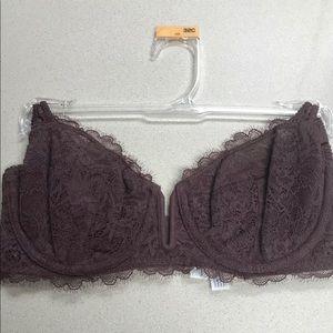 Burgundy women's 32c bra new